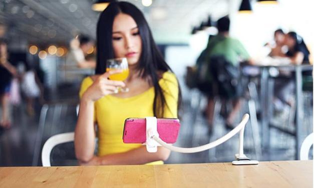 ТОП-5 лучших держателей для смартфонов с прищепкой в 2018 году